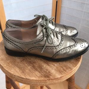 kate spade silver leather wingtip oxfords size 8